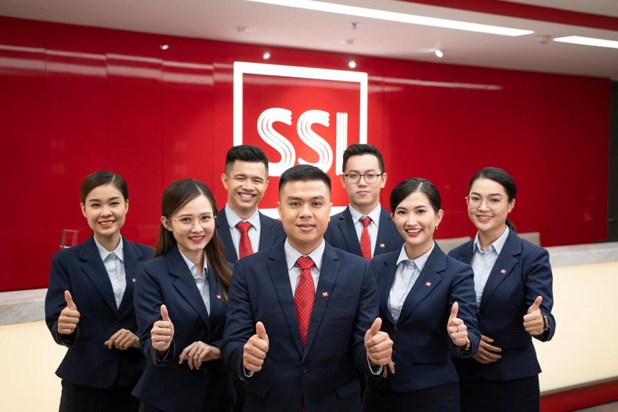 CTCP Chứng khoán SSI vừa được Finance Asia – tạp chí tài chính uy tín hàng đầu Châu Á vinh danh là Nhà môi giới tốt nhất Việt Nam - Best Broker in Vietnam 2021.