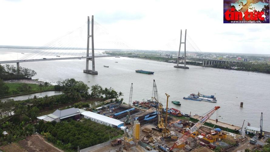 Cầu Mỹ Thuận 2 hoàn thành bắc qua sông Tiền song song với cầu Mỹ Thuận hiện nay. (Ảnh: TTXVN)