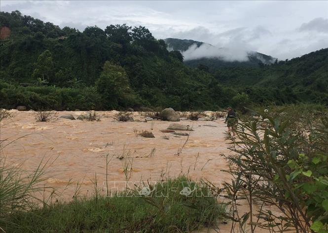 Khu vực suối Nậm Củm, xã Pa Ủ, huyện Mường Tè, tỉnh Lai Châu, nơi 2 công nhân bị nước lũ cuốn trôi. Ảnh: TTXVN