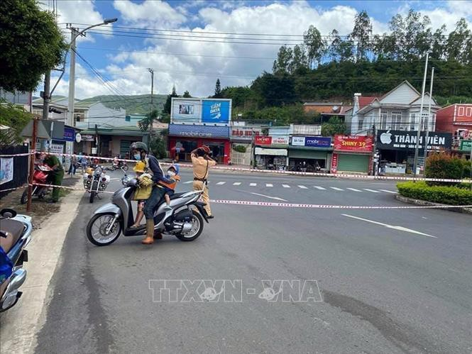 Thị trấn Thạnh Mỹ, trung tâm huyện Đơn Dương, tỉnh Lâm Đồng bị phong tỏa khi dịch bệnh xuất hiện. Ảnh minh họa: TTXVN