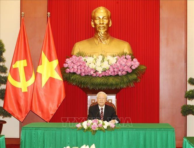 Tổng Bí thư Nguyễn Phú Trọng điện đàm với Tổng thống Hàn Quốc Moon Jae-in. Ảnh: Trí Dũng/TTXVN