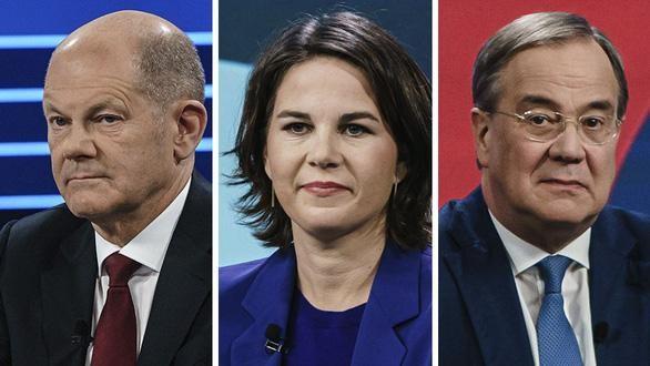 Ba ứng cử viên thủ tướng Đức trong cuộc bầu cử ngày 26/9: ông Olaf Scholz (trái), bà Annalena Baerbock và ông Armin Laschet - Ảnh: BBC