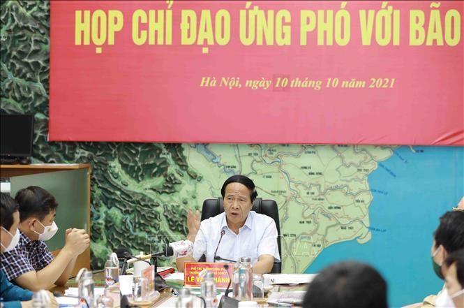 Phó Thủ tướng Chính phủ Lê Văn Thành phát biểu chỉ đạo công tác ứng phó với bão số 7. Ảnh: Vũ Sinh/TTXVN