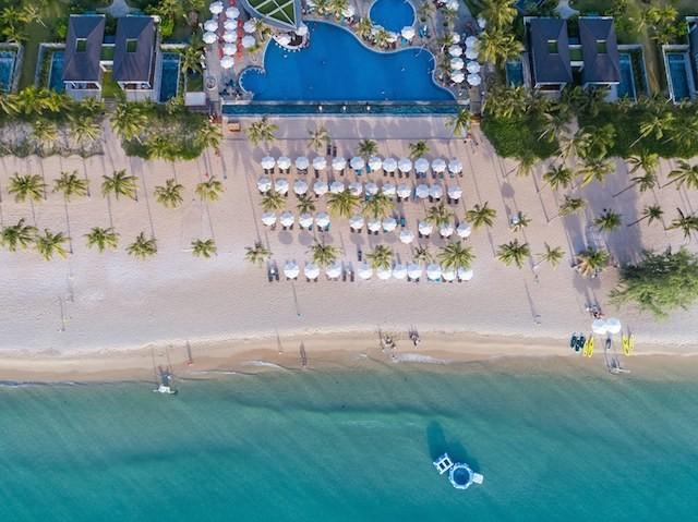 Biệt thự biển Novotel nằm bên bãi Trường, một trong những bãi biển đẹp nhất đảo Ngọc Phú Quốc