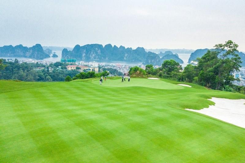 Chỉ hơn 3 tuần công bố, Bamboo Airways Golf Tournament 2018 đã thu hút được hơn 1000 golfers đăng kí tham dự.