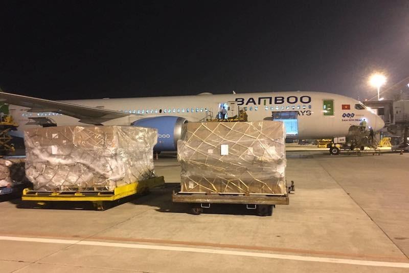 Bamboo Airways vận chuyển miễn phí hàng hoá cứu trợ miền Trung