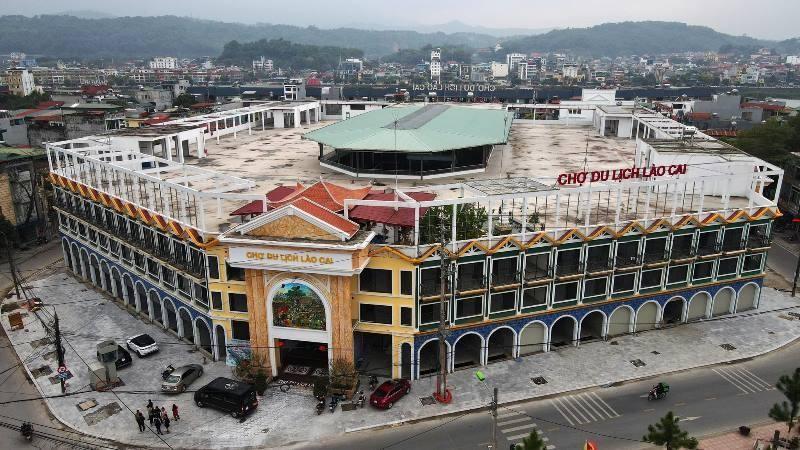 Lào Cai: nhà đầu tư chợ theo hình thức BOO 'kêu cứu'