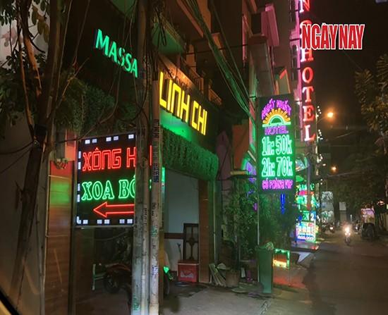Quận 10 (TP.Hồ Chí Minh) có nhiều tụ điểm đáp ứng yêu cầu cho các dân chơi. Ảnh: Nhóm phóng viên điều tra