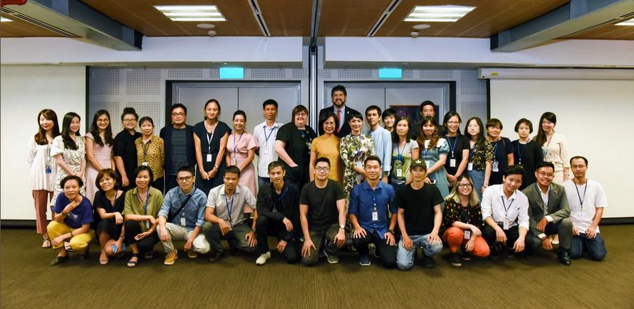 Cơ hội và thách thức của nhà làm phim Việt