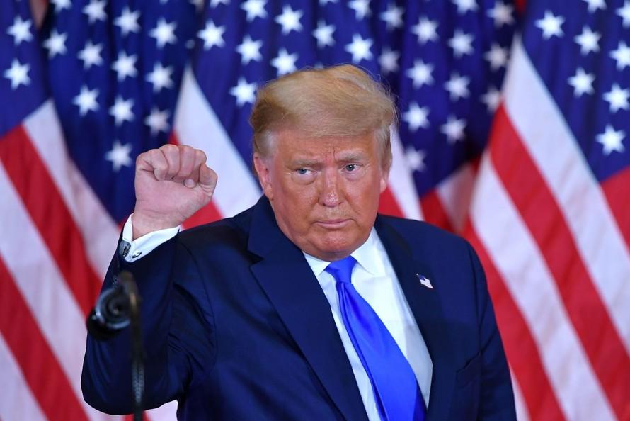 Chiến dịch của Trump liên tục đưa ra cáo buộc gian lận bầu cử. (Nguồn: LATimes).