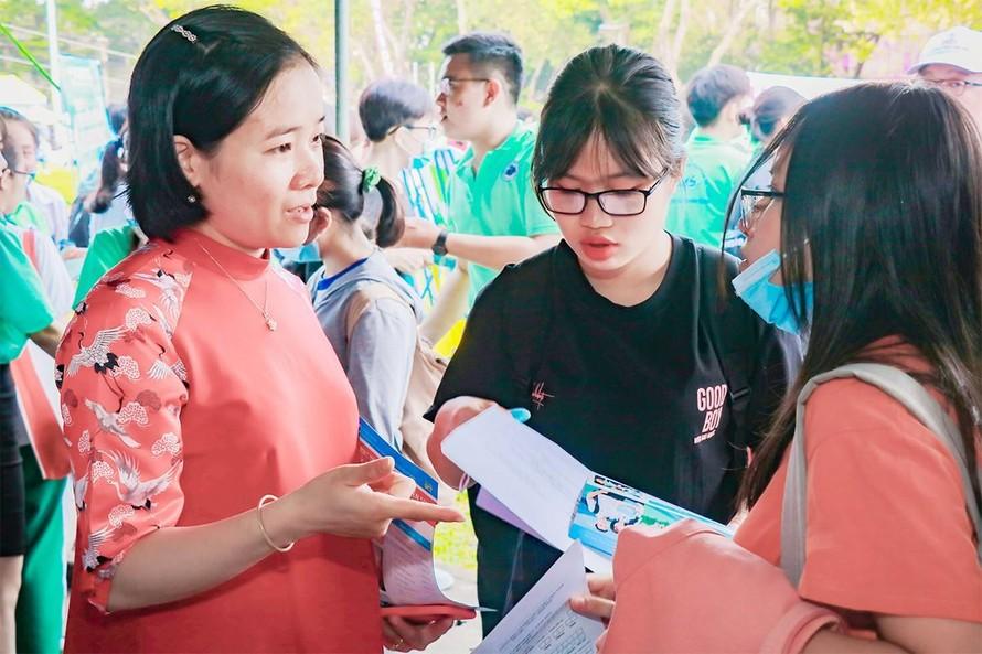 Tuyển sinh đại học 2021: Chứng chỉ ngoại ngữ quốc tế 'lên ngôi'