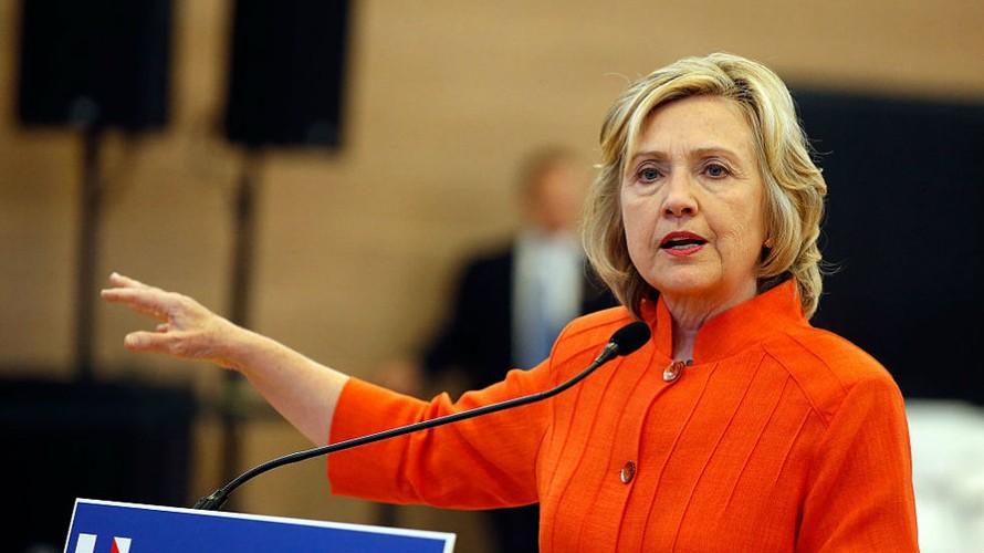 Bà Hillary không phải là một tín đồ của công nghệ