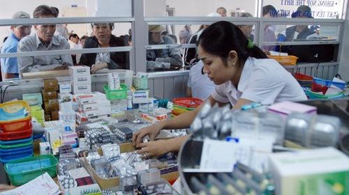 Bộ trưởng Y tế: Không để giá thuốc 'nhảy múa', chênh lệch giữa các vùng miền