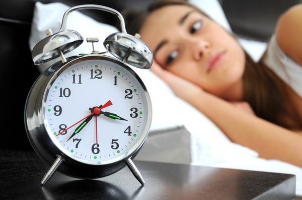 Một đêm mất ngủ đủ khiến bạn tăng cân, nhão cơ!