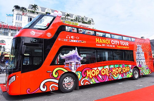Buýt hai tầng ở Hà Nội trung bình có bảy khách mỗi lượt
