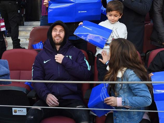 Messi bị cáo buộc rửa tiền, chuẩn bị hầu tòa!