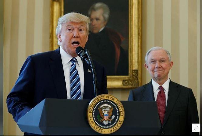Tổng thống Trump bắt đầu 'trảm tướng'