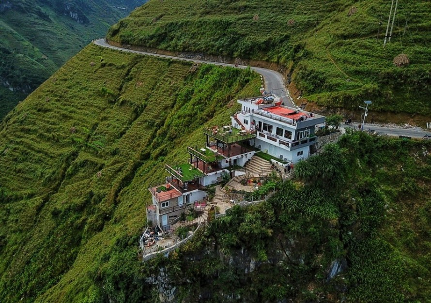 Công trình nhà nghỉ xây dựng tại khu vực Mã Pì Lèng được dư luận quan tâm