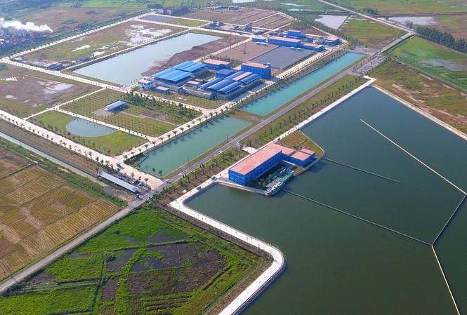 Hồ lắng nhà máy nước Sông Đuống. ảnh: Mạnh Thắng