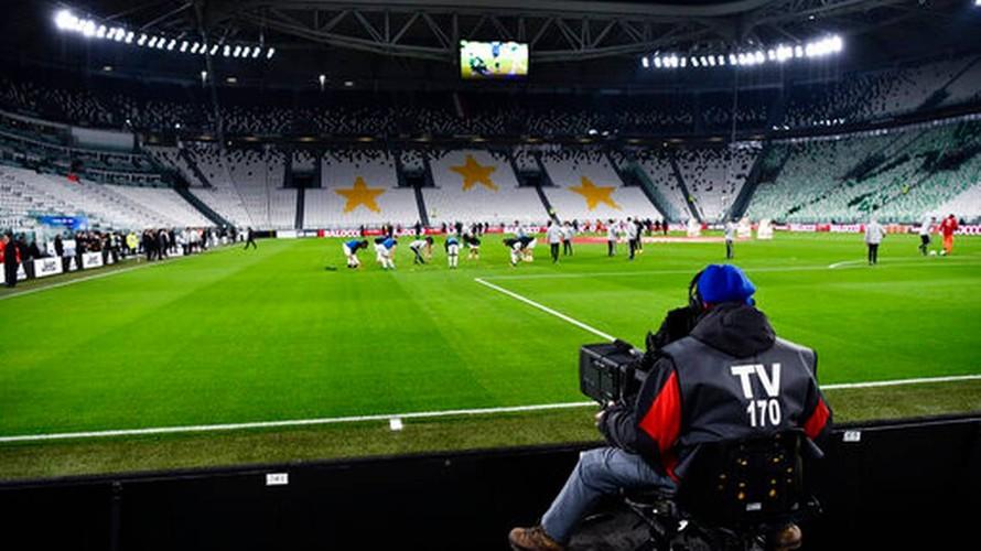 Những ghế ngồi trống trơn tại Juventus Arena, sân nhà của câu lạc bộ Juventus. (Ảnh: Marco Alpozzi)