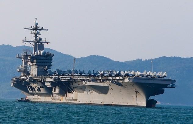 Tàu sân bay USS Theodore Roosevelt trong chuyến thăm Đà Nẵng vào ngày 5/3/2020. (Ảnh: Đất Việt)