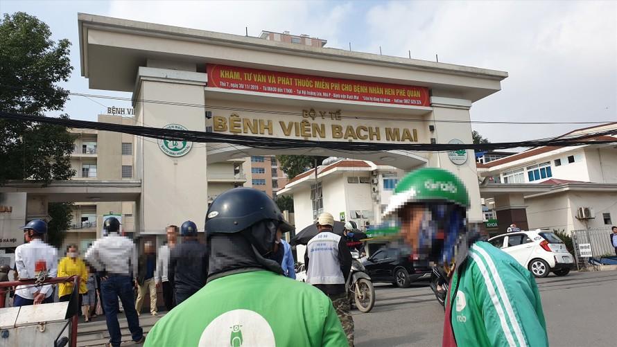 Sau khi Bệnh viện Bạch Mai được xác định là ổ dịch COVID-19, trường ĐH Y Hà Nội đã cho tất cả sinh viên hệ ĐH tạm ngừng học lâm sàng