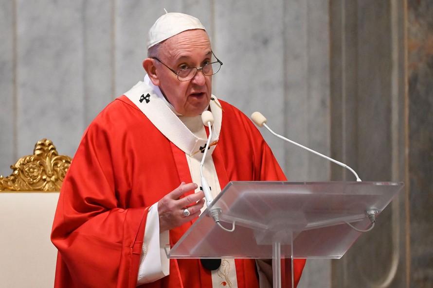 Đức Giáo hoàng Francis tại Nhà thờ Thánh Peter, Vatican ngày 5/4. (Ảnh: AFP)