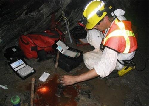 Các nhà nghiên cứu tiếp tục đào sâu hơn nữa để tìm thêm nhiều điều mới tại mỏ Kidd ở Canada. Ảnh: Utoronto.