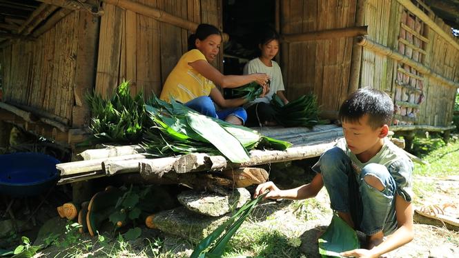Gia đình ba mẹ con chị Lý Thị Thìm (Hà Giang)