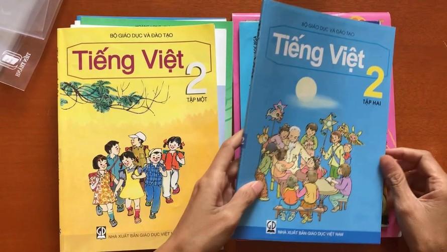 Bộ GDĐT phê duyệt danh mục sách giáo khoa lớp 2, lớp 6