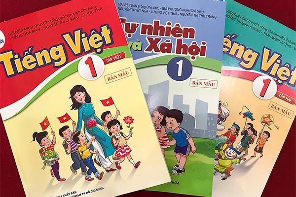 Hà Nội thành lập 9 hội đồng lựa chọn SGK tiểu học