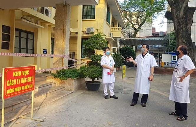 Bệnh viện Phổi Trung ương nâng nguy cơ lên mức cao nhất