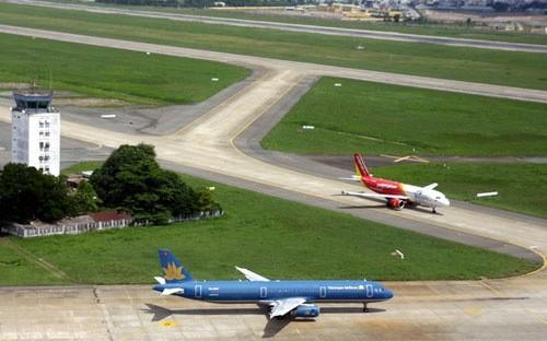 Lãnh đạo Bộ Giao thông ủng hộ các hãng hàng không giảm giá vé máy bay.