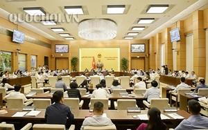 UBTVQH ban hành Nghị quyết về nhân sự ĐBQH