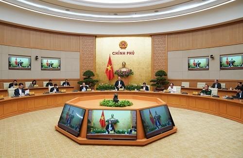 Thủ tướng Nguyễn Xuân Phủ chủ trì họp Thường trực Chính phủ về phòng chống dịch COVID-19 - Ảnh: VGP/Quang Hiếu