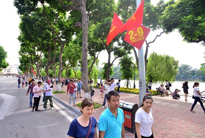 Hà Nội bác đề xuất thay đổi thời gian tổ chức phố đi bộ