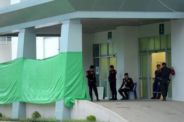 Nạn nhân thứ 9 thoát ra khỏi hang Tham Luang