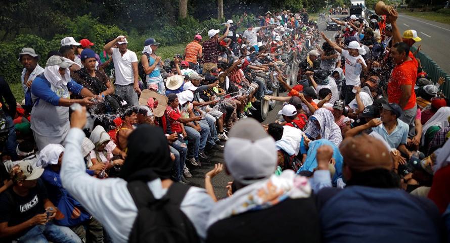 Cuộc khủng hoảng chính trị ở Trung Mỹ thôi thúc làn sóng di dân tới Mỹ