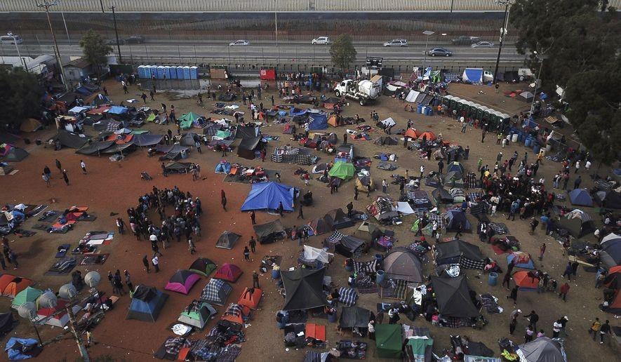 Một nơi trú ẩn cho người tị nạn Trung Mỹ tại thành phố Tijuana, Mexico. Ảnh: Washington Times