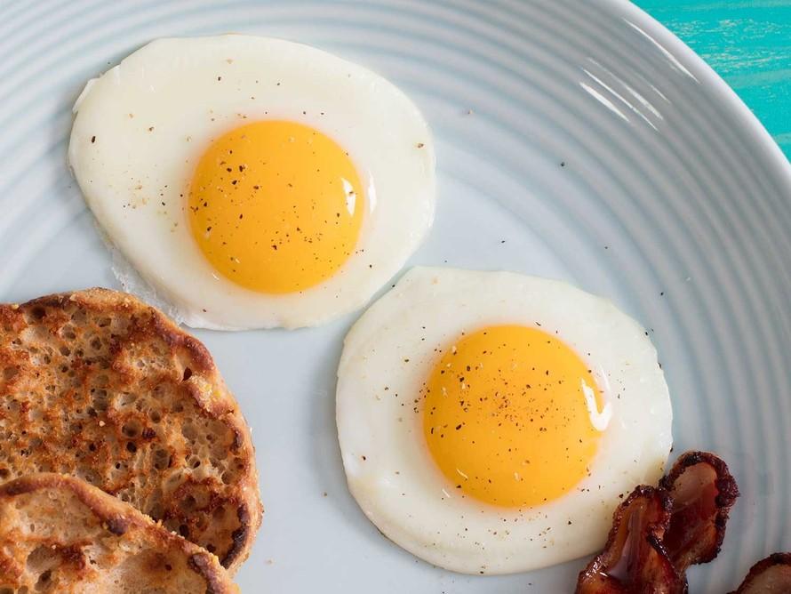 Ăn trên 3 quả trứng/tuần làm tăng nguy cơ mắc bệnh tim và đột quỵ