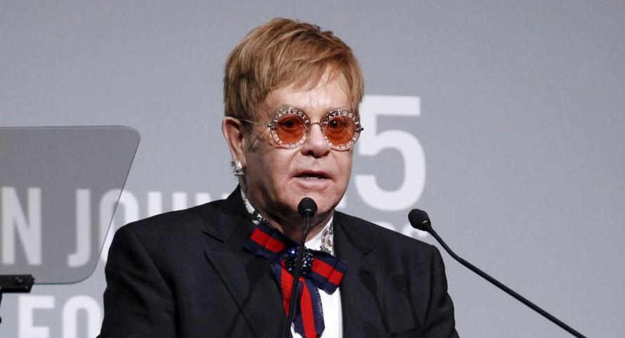 Huyền thoại nhạc pop Elton John và những lần bên lằn ranh sinh tử