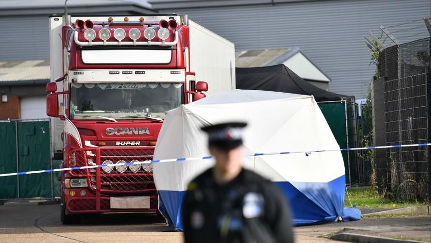Thủ tướng chỉ đạo xác minh vụ việc 39 người trong container ở Anh