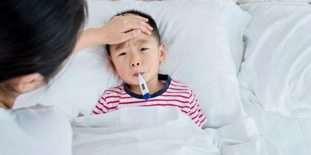 Trẻ em dễ mắc bệnh hơn do biến đổi khí hậu