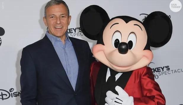 CEO kỳ cựu của Disney bất ngờ từ chức