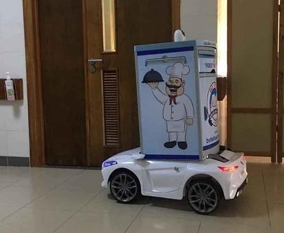 Sáng tạo robot phục vụ bệnh nhân cách ly nghi nhiễm COVID-19