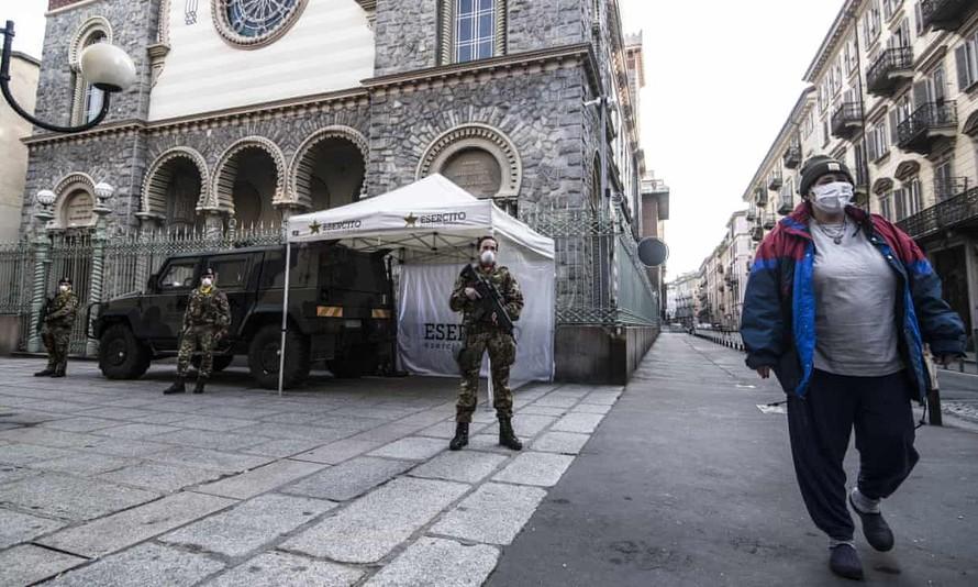 Nước Ý trải qua ngày tồi tệ nhất với hơn 400 ca tử vong