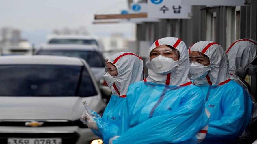 Cuộc đua sản xuất dụng cụ xét nghiệm của Hàn Quốc