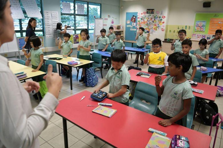 Học sinh Singapore đi học trở lại vào đầu tuần sau