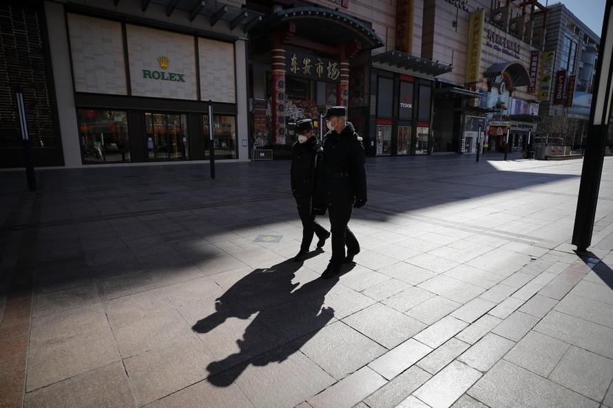 Trung Quốc ghi nhận số ca nhiễm Covid-19 kỷ lục từ bên ngoài