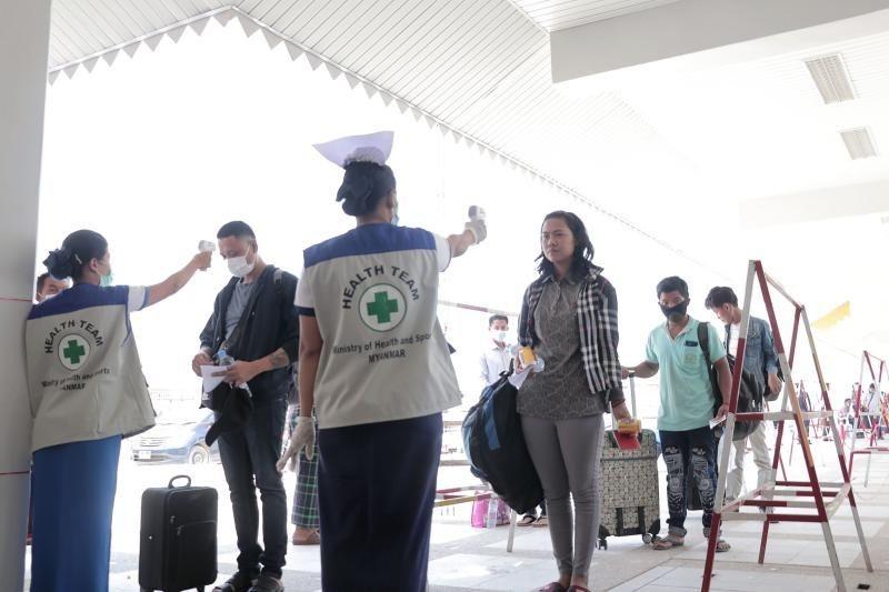 Khuyến nghị người Việt Nam tại Lào bình tĩnh và hạn chế đi lại